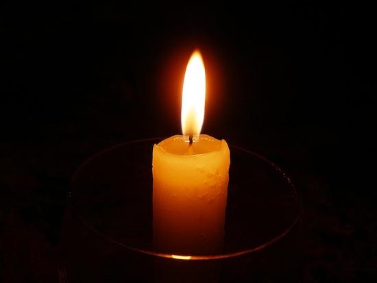 В пламени свечи содержатся миллионы крохотных бриллиантов
